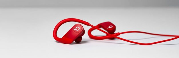 Apple's Powerbeats 4 Are Finally Here and They're the Cheapest Ones Yet